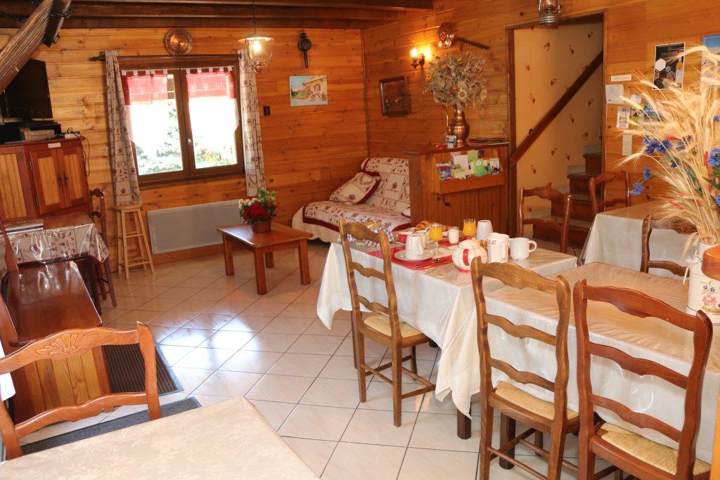 table petit dejeuner - Edelweiss
