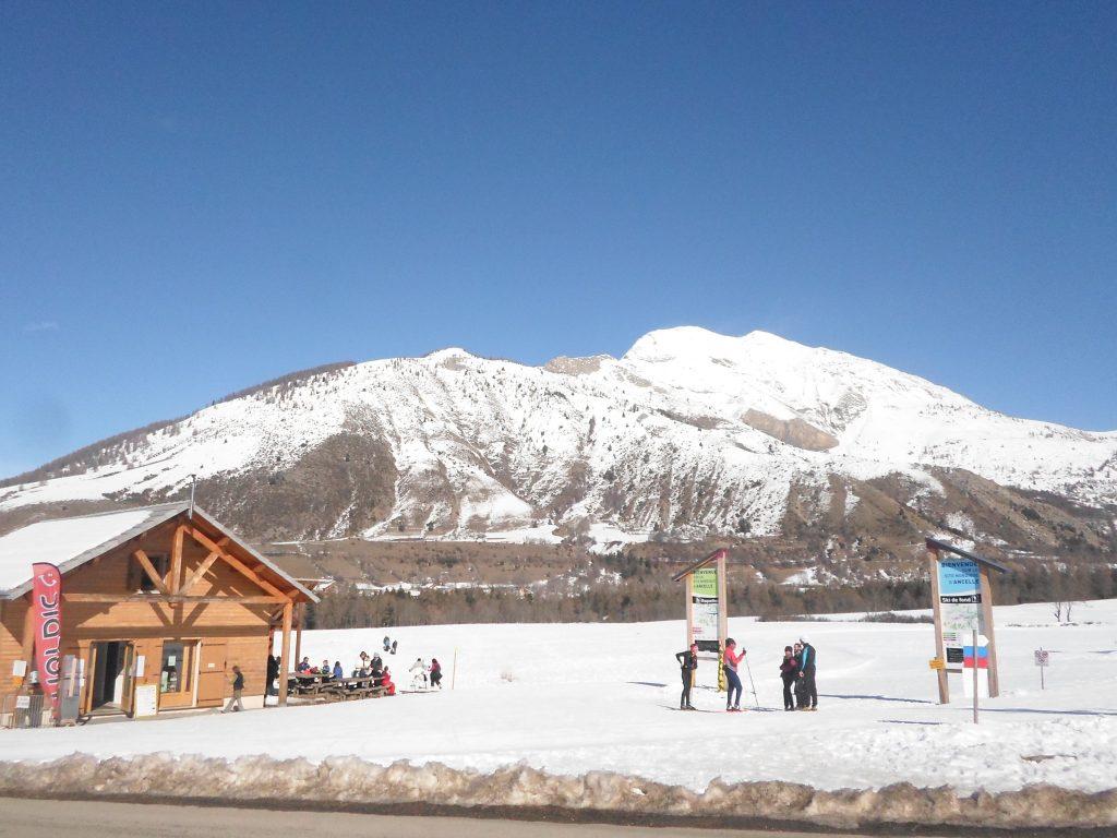 salle hors sac  ski fond